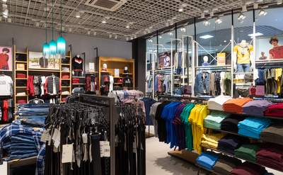 Clothing and Shoes West Plains Missouri